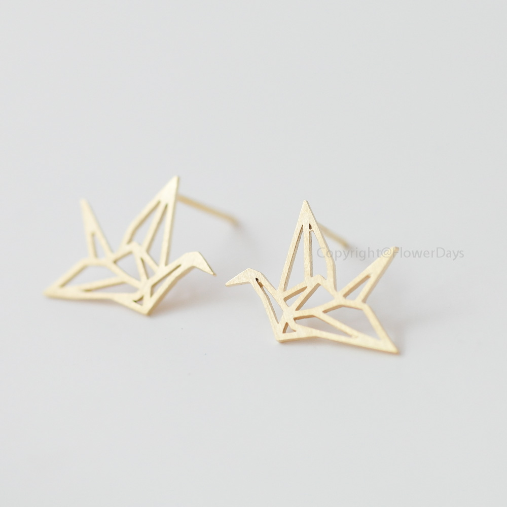 6aab6fc09 Origami Crane Earrings in gold,Blessing of the earrings,Happiness earrings