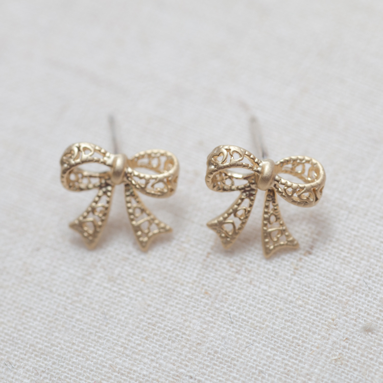 Cute Bow Earrings In Gold