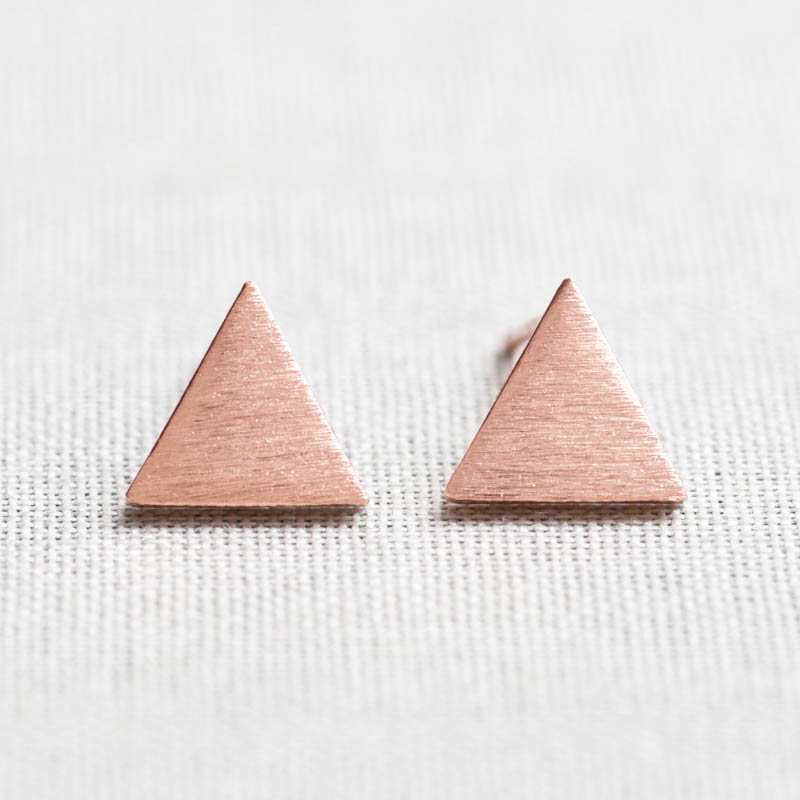 Brushed Circle stud Earrings in pink gold